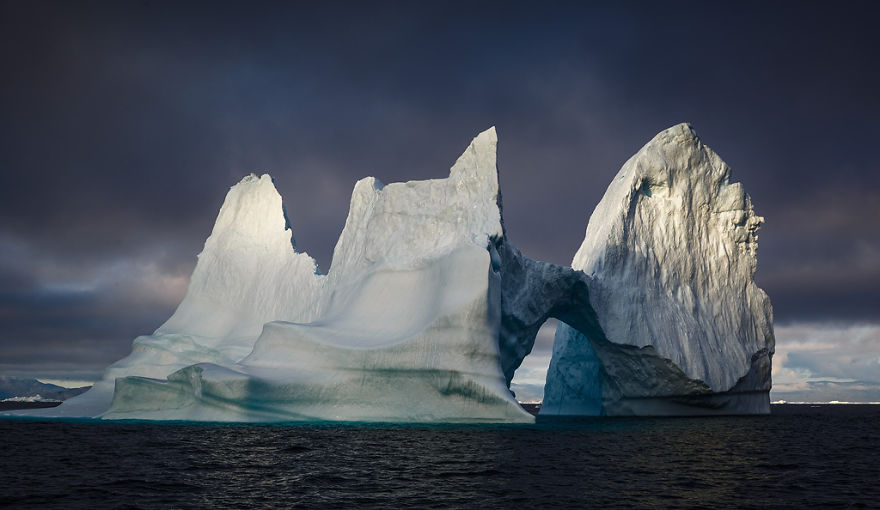 the-icebergs-of-disko-bay-that-i-captured-from-a-russian-yacht-near-greenland-14__880